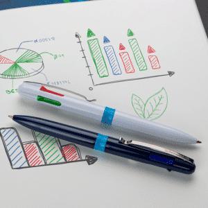 stylo 4 couleurs fabriqué à base de plastique recyclé à 92%